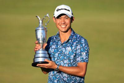 昨年の「全米プロ」に続き、「全英オープン」でメジャー2勝目を挙げ、優勝トロフィ(クラレットジャグ)を手にするコリン・モリカワ。